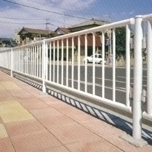 横断防護柵